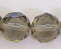 10 CRYSTAL GLASS 10MM FACET ROUND BEADS BL.DIAMOND